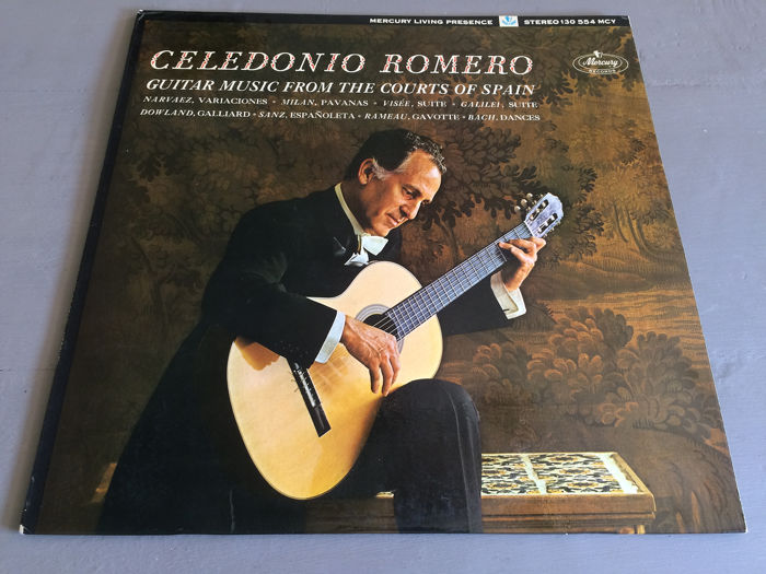 The Royal Family of the Guitar: Los Romeros - Celedonio, CelÍn, Pepe and Ángel Romero play famous music for guitar - Multiple titles - LP's - 1962/1985