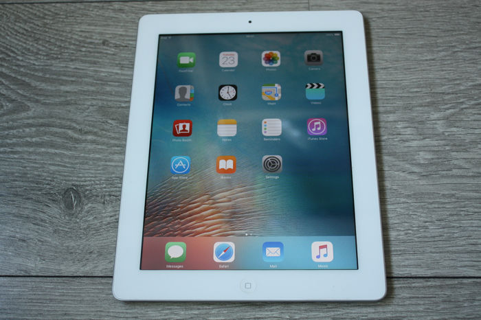 Apple iPad 2 (WiFi, 16GB) - model A1395 - con cable de carga USB