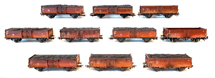 Roco H0 - 4302/4309/4314/56040 - Freight carriage - Ten weeathered high-board cars often provided with cargo - DB