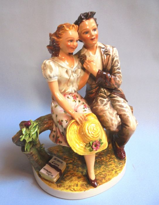 C. Mollica - Enamored couple on couch - Ceramic
