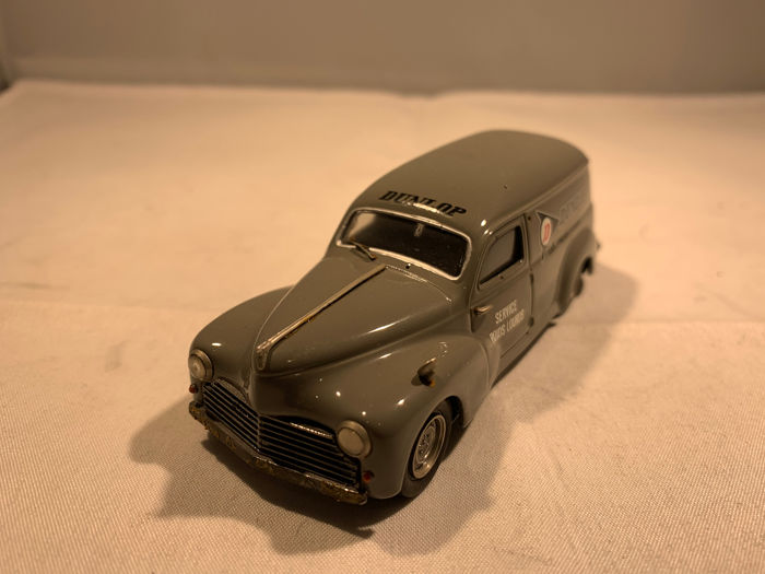 AM Ruf - 1:43 - Peugeot 203 - Made in France