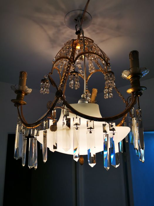 Chandelier (1) - Brass, Crystal, Glass