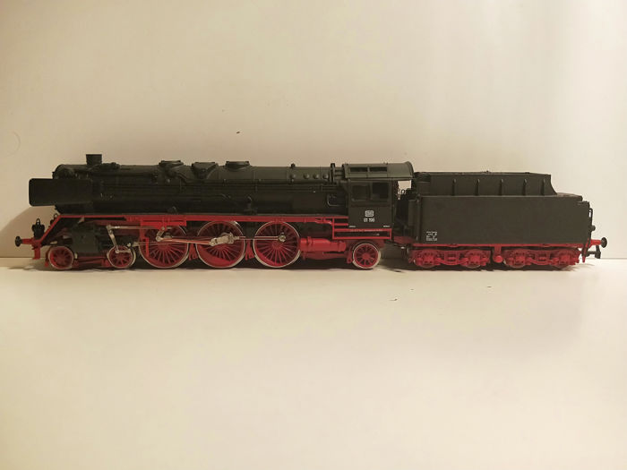 Rivarossi H0 - 1351 - Steam locomotive with tender - BR 01 - DB
