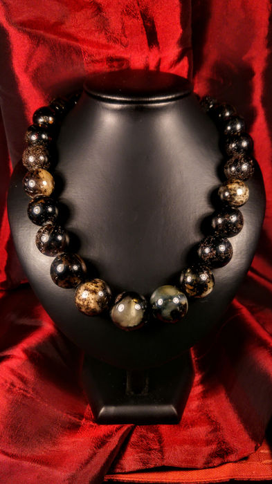 Black- landscape colour Ambre baltique - Collier