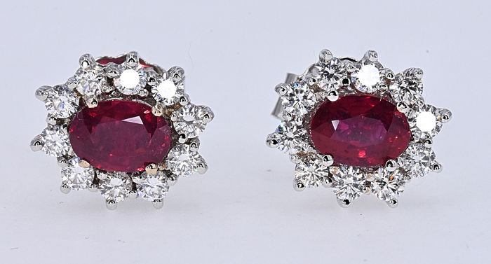 18 carats Or blanc - Boucles d'oreilles - 2.18 ct Rubis - Diamant de 1,04 ct