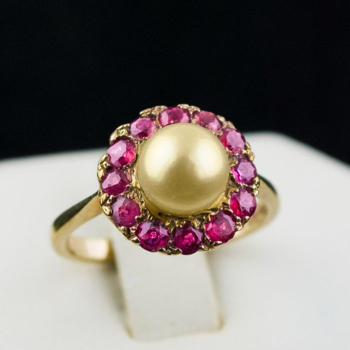 Antique  - 9karat Yellow gold - Ring Pearl - Ruby