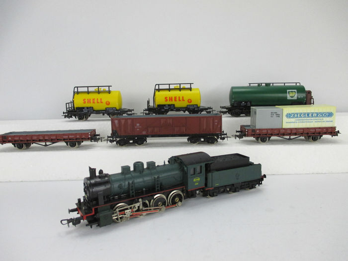 Piko H0 - 6315 - Freight carriage, Steam locomotive with tender - Type 81 and 6 freight wagons - DB, NMBS