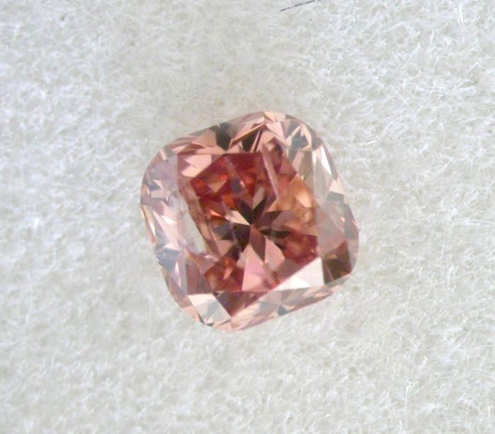 1 pcs Diamant - 0.13 ct - Cushion - fancy deep brownish orangy pink - SI2