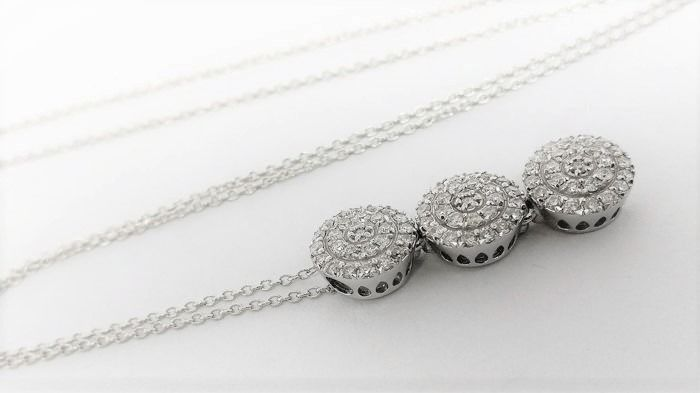 18 kt. White gold - Necklace with pendant - 0.69 ct Diamond
