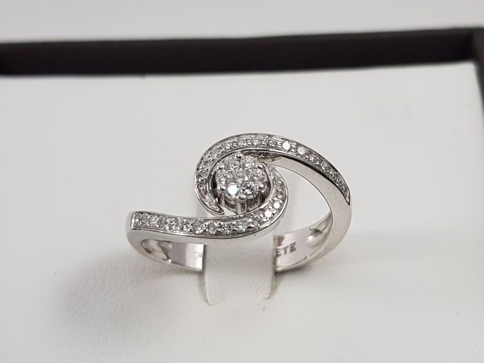 Comete - 18 kt. White gold - Ring - 0.21 ct Diamond