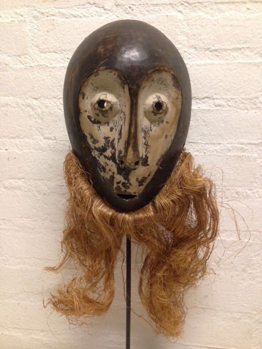 Masque - Bois - old Tribal Used - Lega bwami - Congo