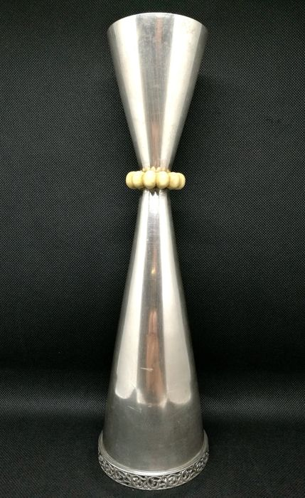 Modern Italian Design Vase Made of Silver - .800 silver - Italy - Second half 20th century