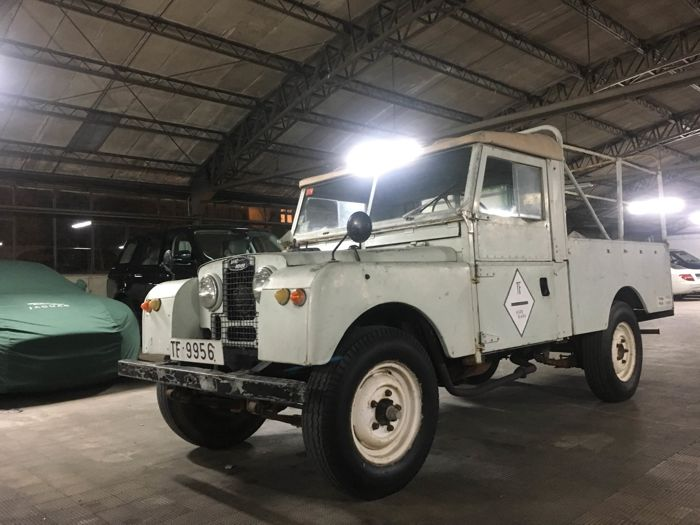 Land Rover - 107 Series I  - 1956