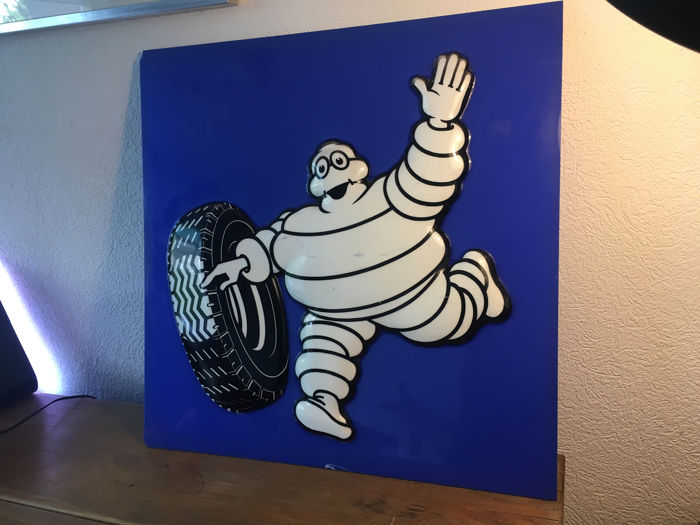 Michelin Bibendum reclame display in relief - Michelin - 2000-2010