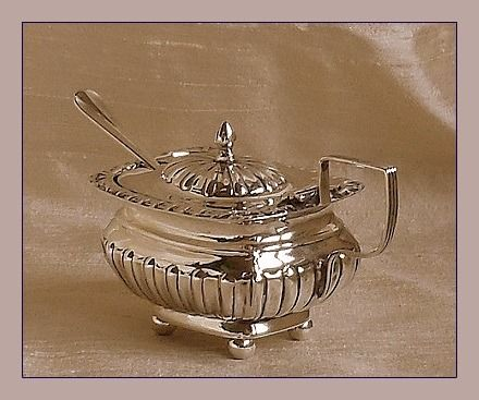 Edwardiaanse mosterdpot en lepel - Sterling zilver - William Atkin / Elkington & Co. - Engeland - 1902/1912