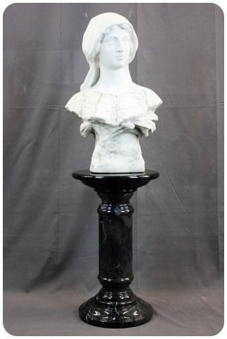 2-part bust of young woman on column - Marble - Second half 19th century