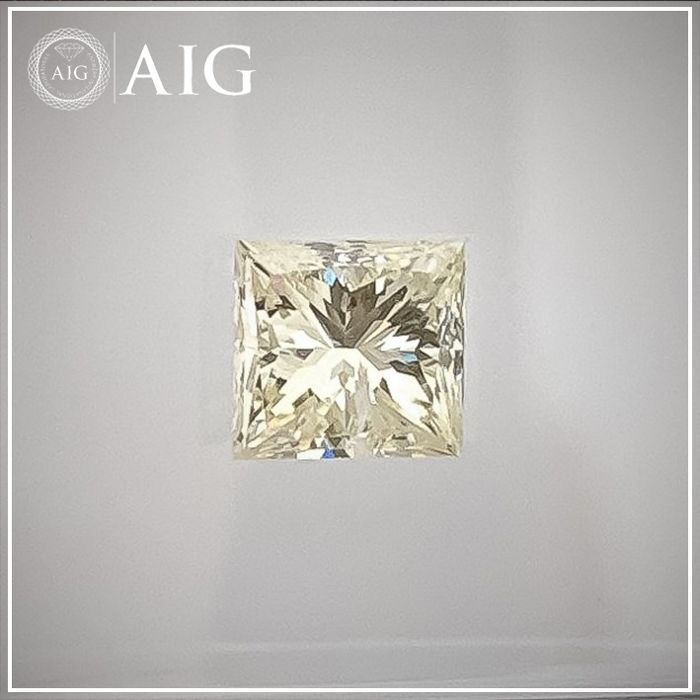 Diamond - 0.60 ct - Princess - fancy yellow - SI1