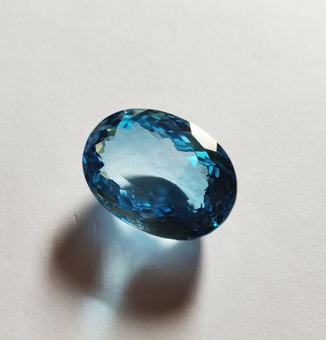 1 pcs Blau (transparent) Topas - 36.86 ct