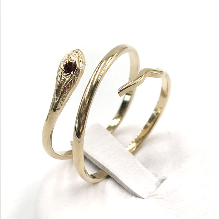 18 kt. Yellow gold - Ring - 0.03 ct Ruby