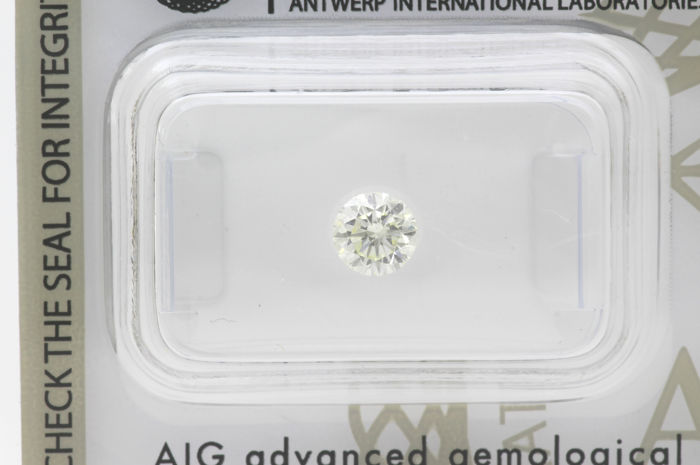 Diamond - 0.50 ct - Brilliant, Round - I - VS1