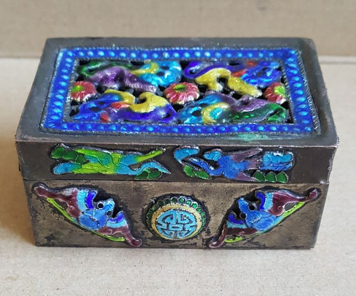 Old Chinese Box - Cloisonne  - Metal  - China - 19th century