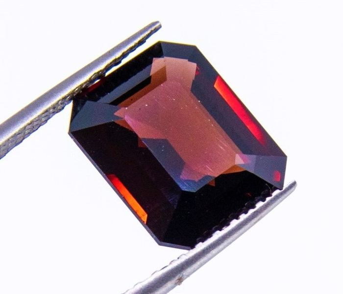 Rood Spinel - 8.13 ct