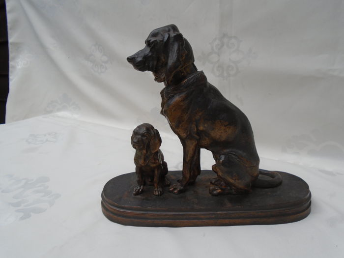 Sculpture, two dogs (1) - Iron (cast/wrought) - about 1900