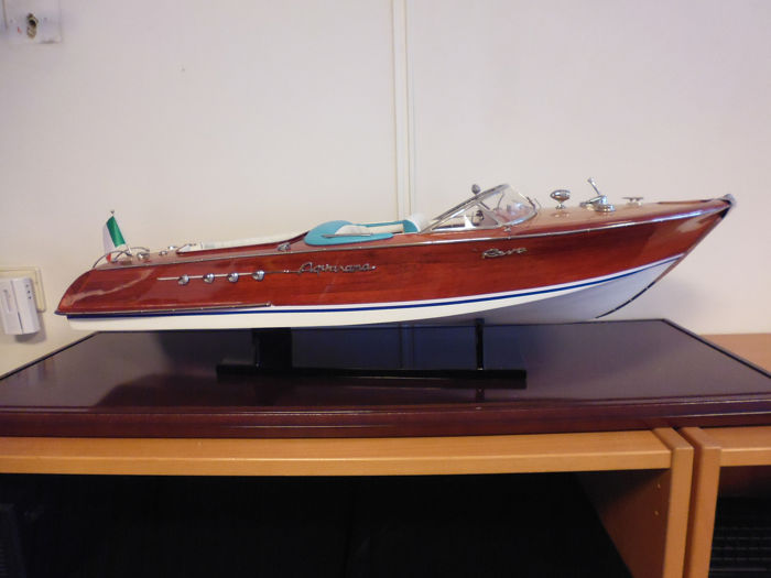 67cm, Scale boat model - Wood - New