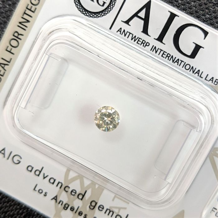 Diamant - 0.23 ct - Briljant - fancy light greenish yellow - No Reserve Price, SI2