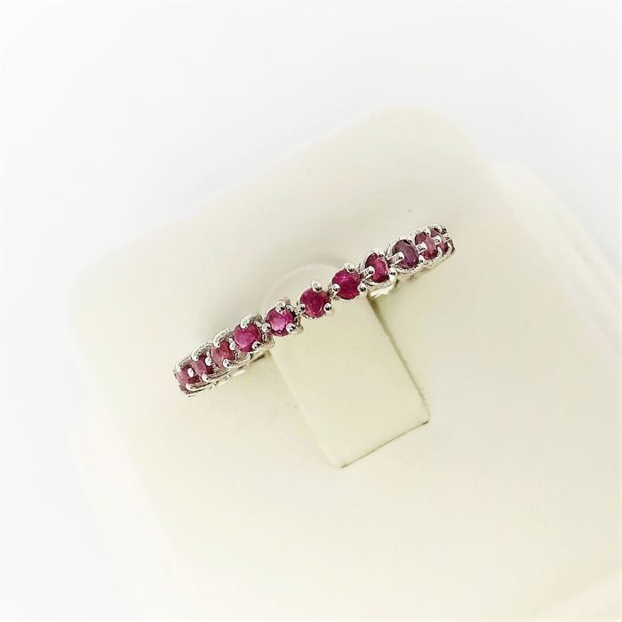 18 kt. White gold - Ring - 1.09 ct Ruby