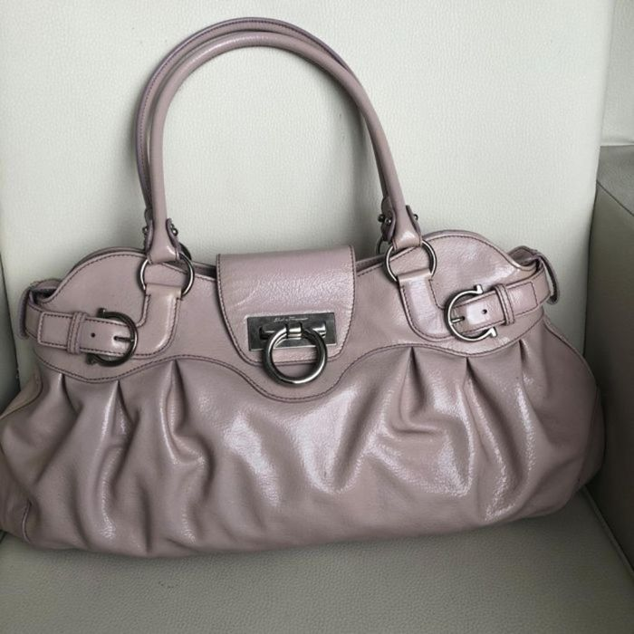 Salvatore Ferragamo - Marisa lakleren  Shoulder bag