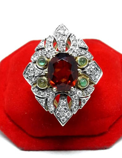 18 kt. White gold, Yellow gold - Ring - 0.08 ct Diamond - Emeralds, Garnet