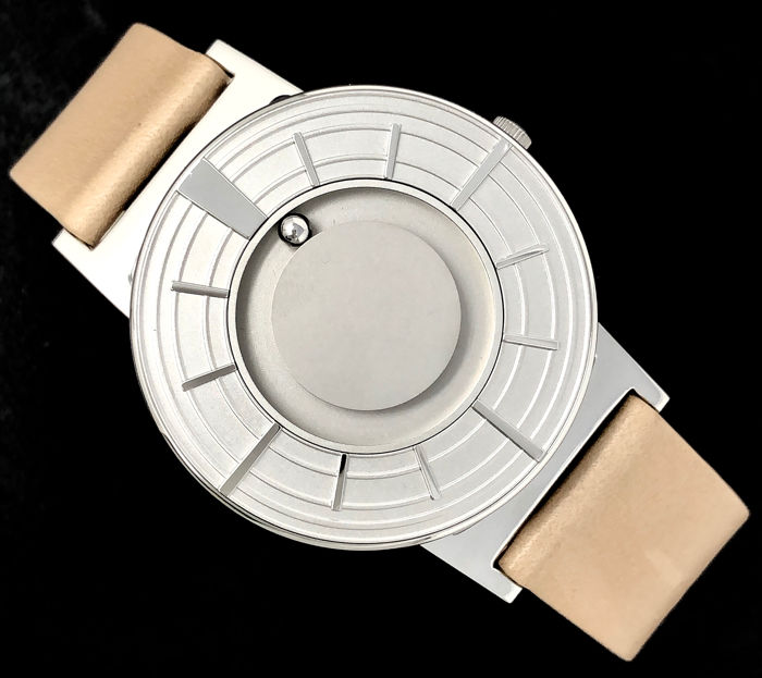 Eone - Bradley Edge Silver with Italian Leather Strap Swiss Movement - BR-EDGE-SV - Unisex - 2011-present