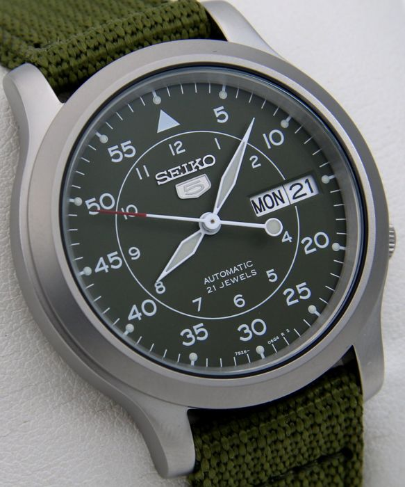 "Seiko - Automatic 21 jewels Green ""Military Style"" - - ""NO RESERVE PRICE"" - - Unisex - 2018"