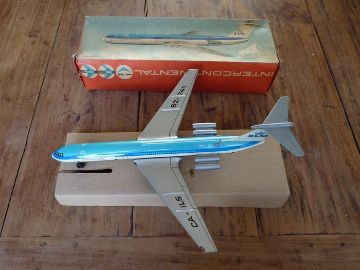 Beautiful cans of KLM 62-741 Royal Dutch Airlines CA-ILS model airplane and box, 1960s - Look