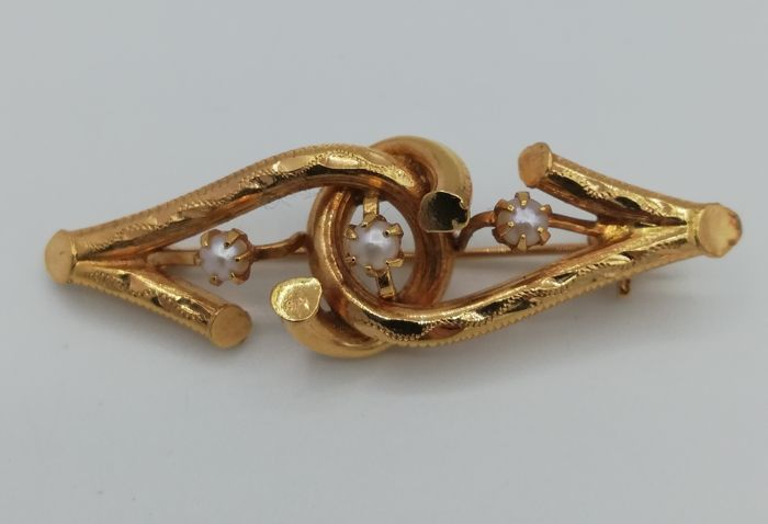 19.2 kt Gold - Brooch with 3 Pearls - Hand-crafted