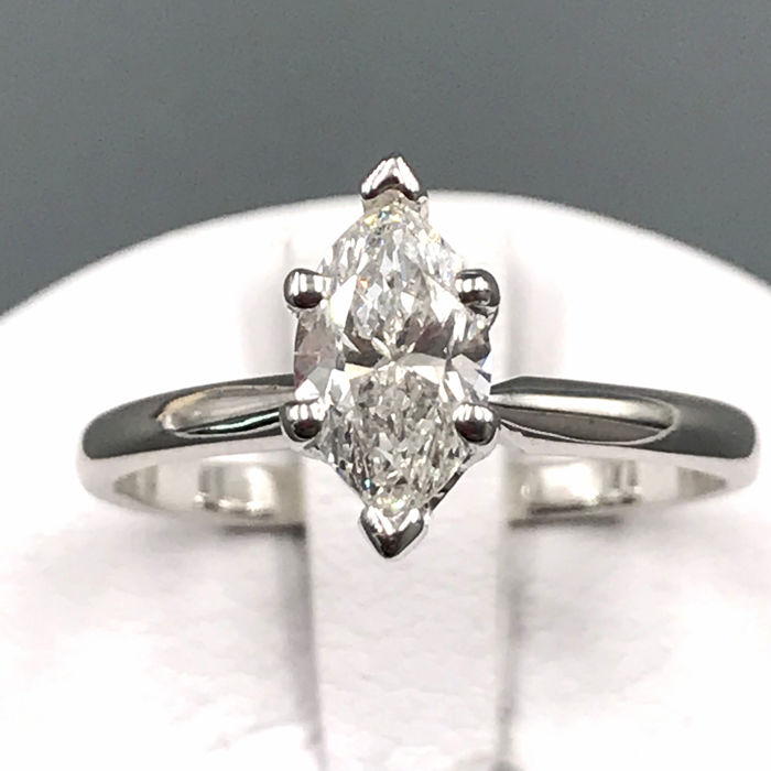 14 carats Or blanc - Bague - 0.99 ct Diamant