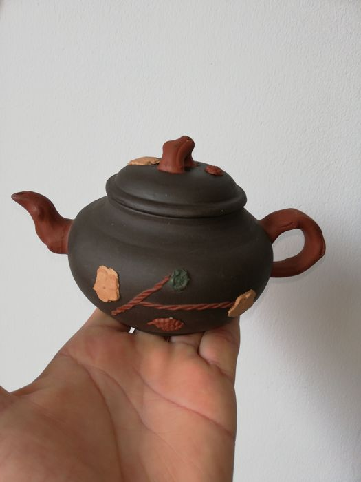 Teapot (1) - Terracotta - China - Late 20th century