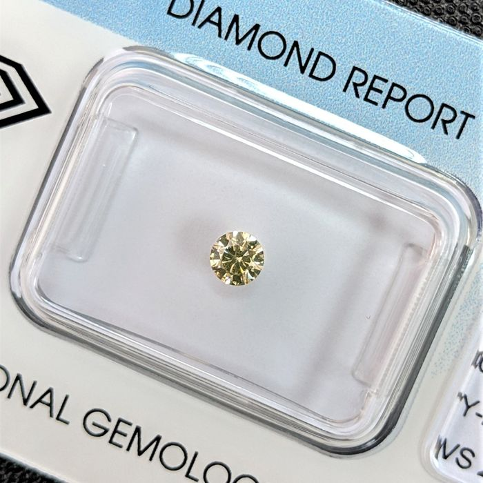 Diamant - 0.17 ct - Briljant - Brown - IGI Antwerp - No Reserve Price, VS2