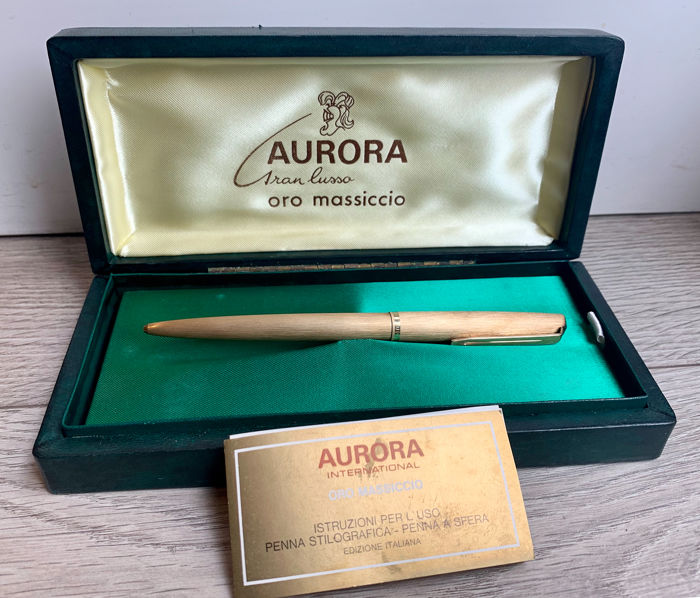 Aurora - Roller ball - A pen of 1