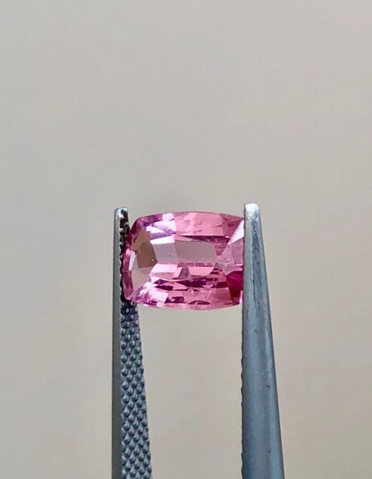 Pink Spinel - 2.08 ct