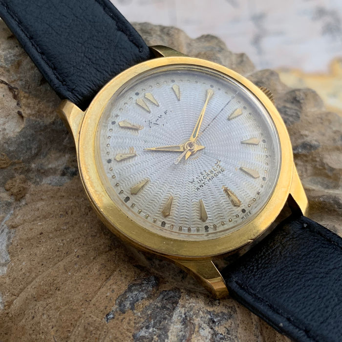 Swiss waterproof watch - gold/steel - Hombre - 1960-1969