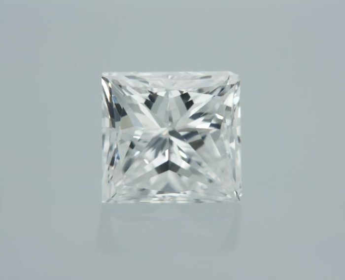1 pcs Diamant - 0.70 ct - Prinzess - E - SI2