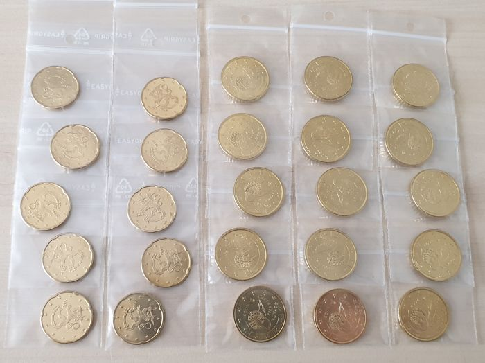 Finlandia, Spagna - 10 x 20 cent 2000 and 15 x 50 cent 2002 Euro 2000-2002