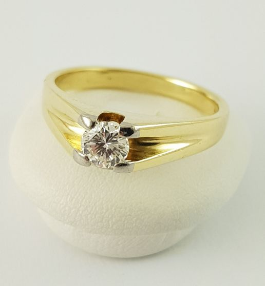 14 kt. Yellow gold - Solitaire Ring - 585 Gold - 1 Diamond, 0.38 ct. - 0.38 ct Diamond