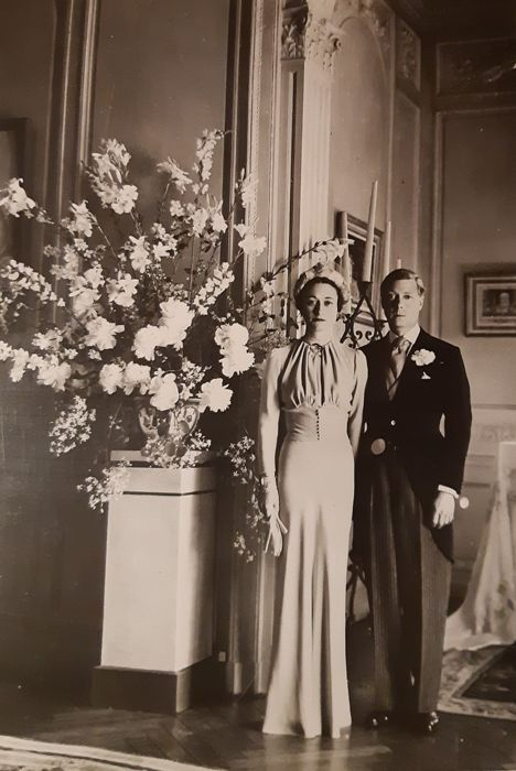 Cecil Beaton (1904-1980)/World Wide Photo - The Duke & Duchess of Windsor, wedding picture, 1937