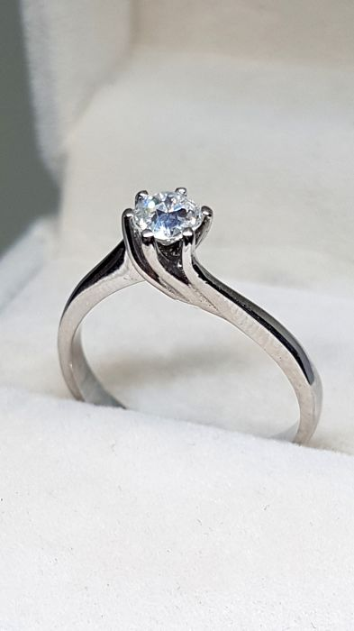 18 kt. Gold, White gold - Ring - 0.25 ct Diamond