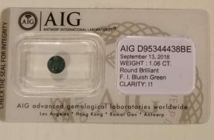 1 pcs Diamant - 1.06 ct - Brillant - fancy intens bluish green - I1