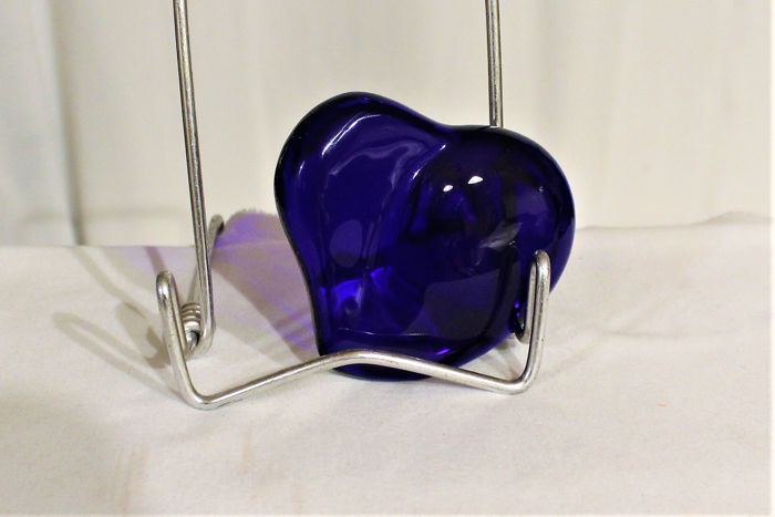 Elsa Peretti per Tiffany&Co - heart-shaped cobalt blue paperweight (1) - Crystal