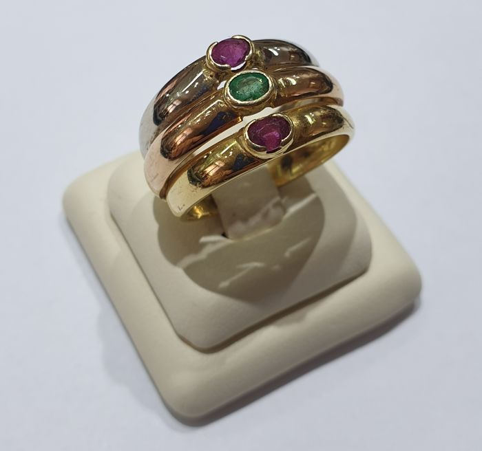18 kt. Pink gold, White gold, Yellow gold - Ring - 0.30 ct Emerald - Rubys